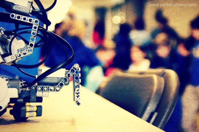 blog012013_lego robot