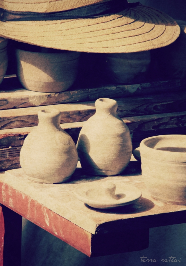 blog092315_ceramics&straw-hat