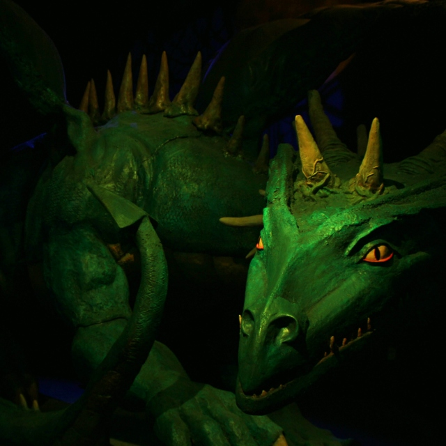 online_green-dragon